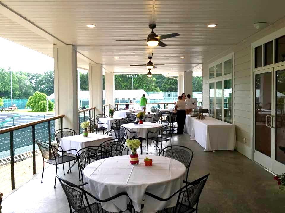 Restaurant - SERVE IT UP - Charleston Tennis Club